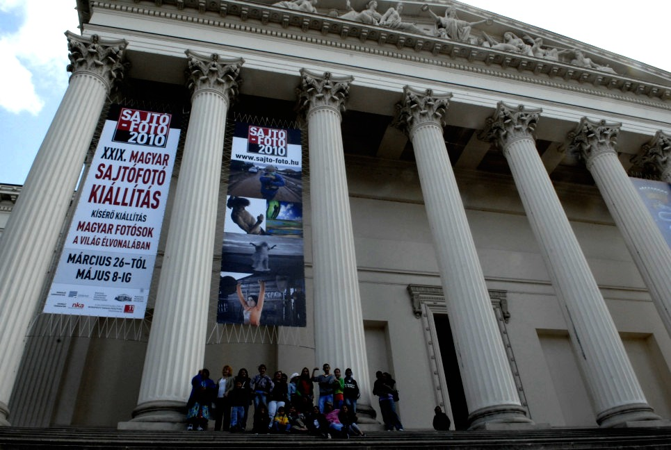 Models visiting National Museum where their award winning portrait series is exhibited as POY